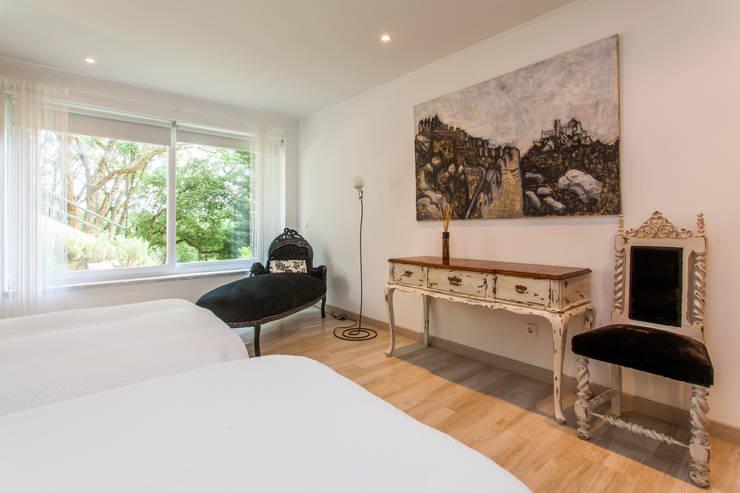 Bedroom by alma portuguesa