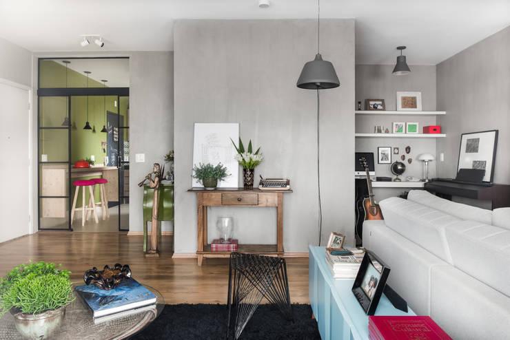Sala de estar : Salas de estar modernas por Alma em Design