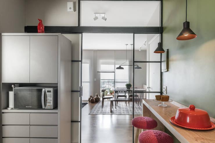 Kitchen by Alma em Design