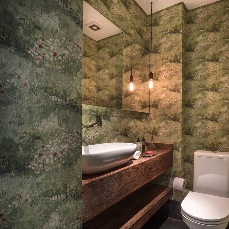 Lavabo: Banheiros modernos por Alma em Design