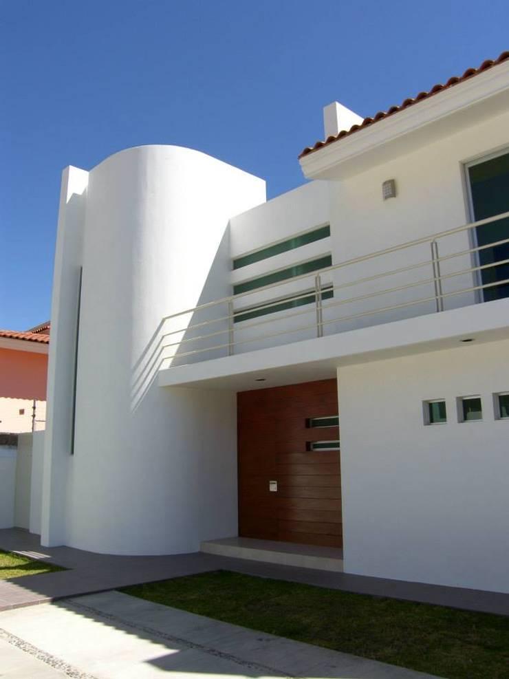 Casa Palomar: Casas de estilo  por Bojorquez Arquitectos SA de CV