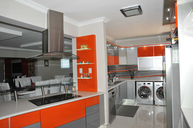 Cuisine de style  par Expert Kitchens and Interiors