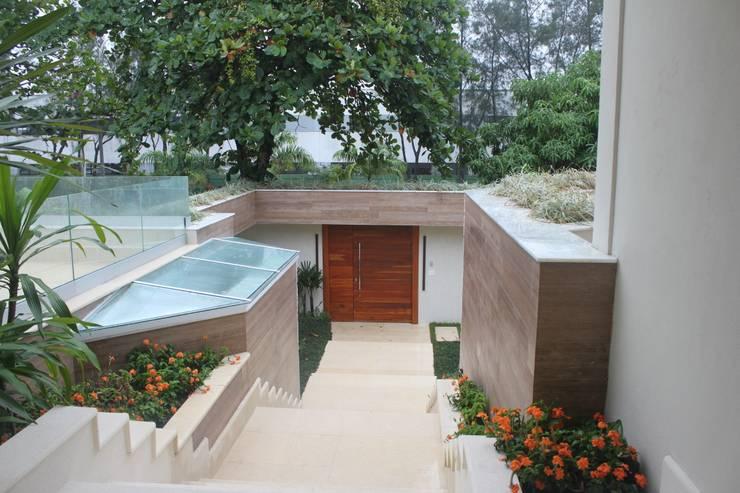 Casas de estilo moderno por GEA Arquitetura