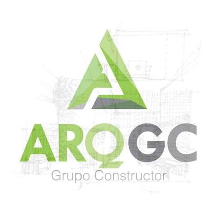 LOGO EMPRESA: Casas de estilo  por ARQGC GRUPO CONSTRUCTOR
