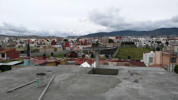 OBRA EN CONSTRUCCIÓN COL, TULIPANES, PACHUCA HGO,: Casas de estilo  por ARQGC GRUPO CONSTRUCTOR