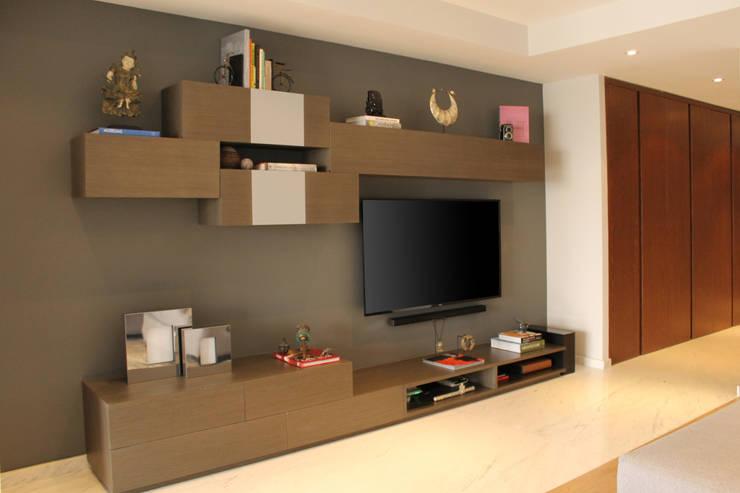 Departamento GD: Salas multimedia de estilo  por Concepto Taller de Arquitectura
