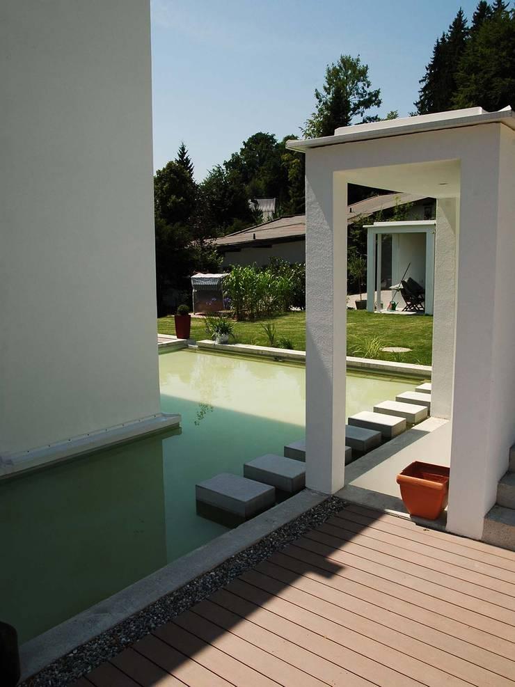 Wpc Terrasse Wasserflache Und Sitzflachen Aus Wpc Premium Dielen By