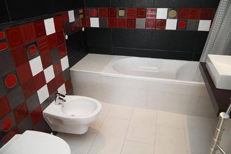 Villas Rocha 5: Casas de banho  por Atelier  Ana Leonor Rocha