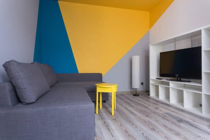 غرفة المعيشة تنفيذ Kraupe Studio