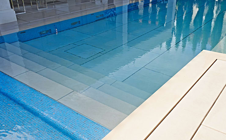 Stone covered Movable Floors:  Pool by AGOR Engineering