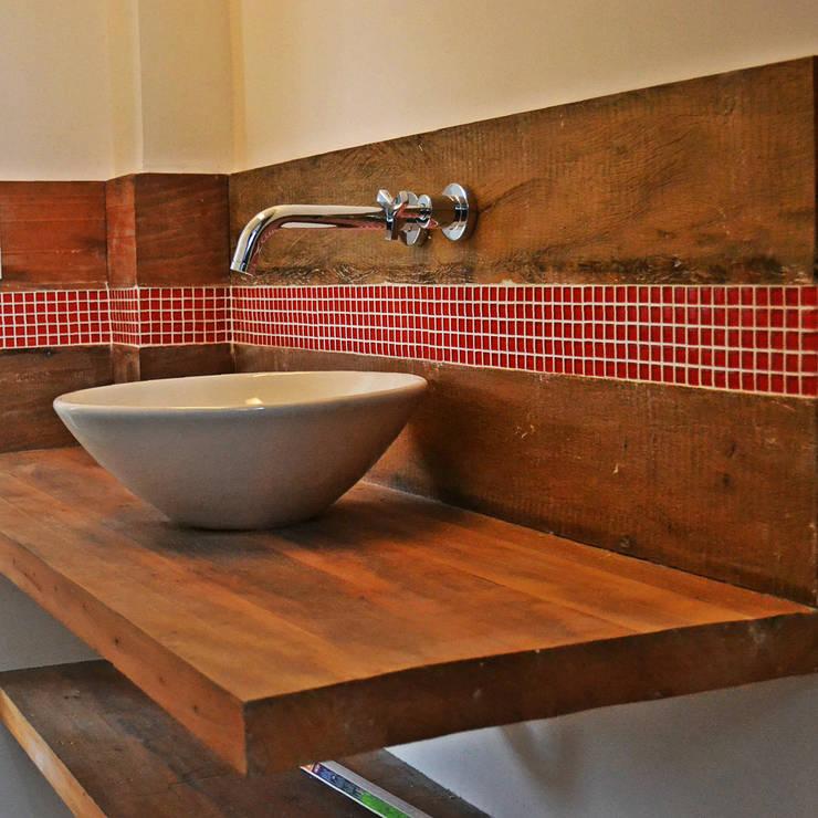 Banheiro Suite: Banheiros ecléticos por BF Sustentabilidade, Arquitetura e Iluminação