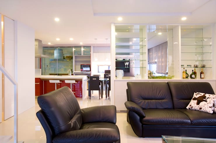Modern living room by Franka Modern