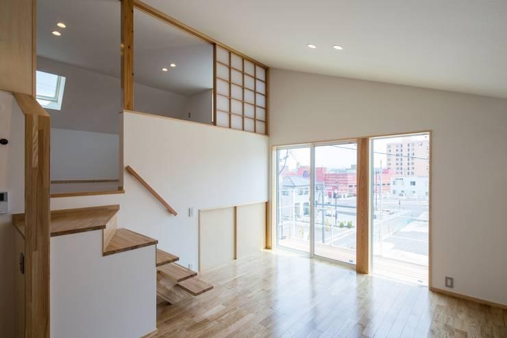 Гостиная в . Автор – 清建築設計室/SEI ARCHITECT