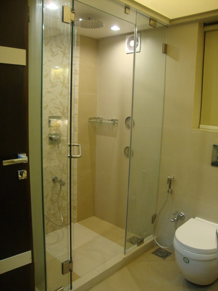 Bathroom: modern Bathroom by Takeaway Interiors