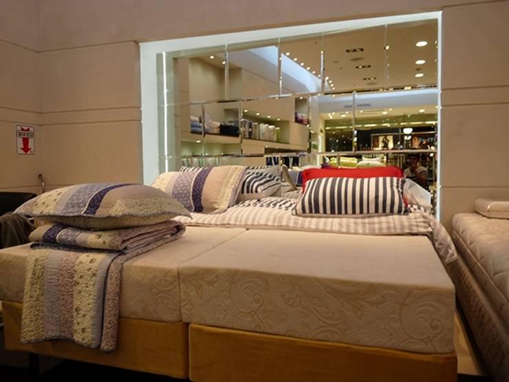 Iluminación LED Bed Time – Unicenter Shopping: Dormitorios de estilo  por Iluminación LED