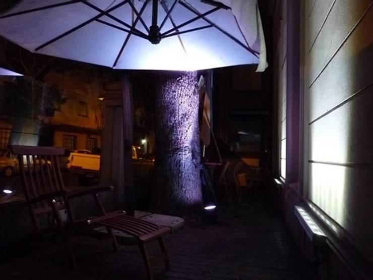 Iluminación LED Salón de fiestas Juana Azurduy.: Casas de estilo  por Iluminación LED