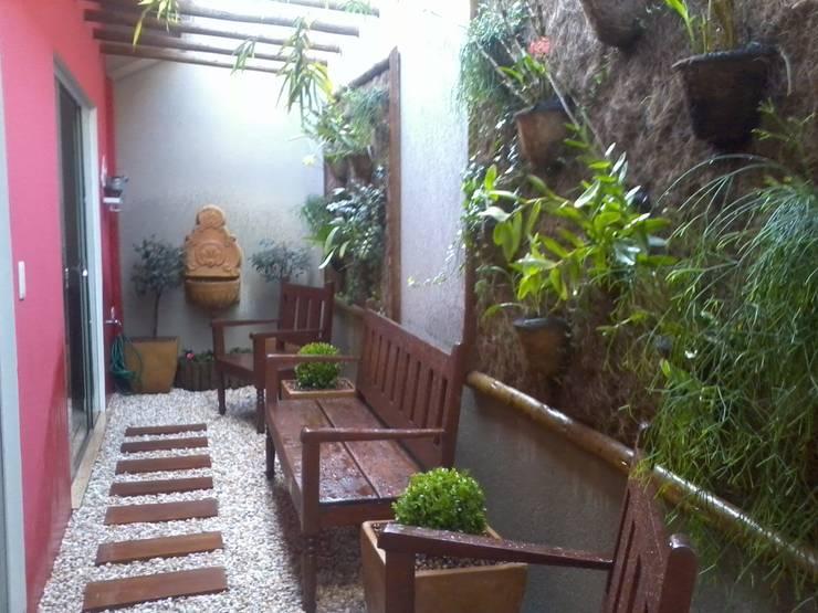 Paisajismo de interiores de estilo  por Borges Arquitetura & Paisagismo