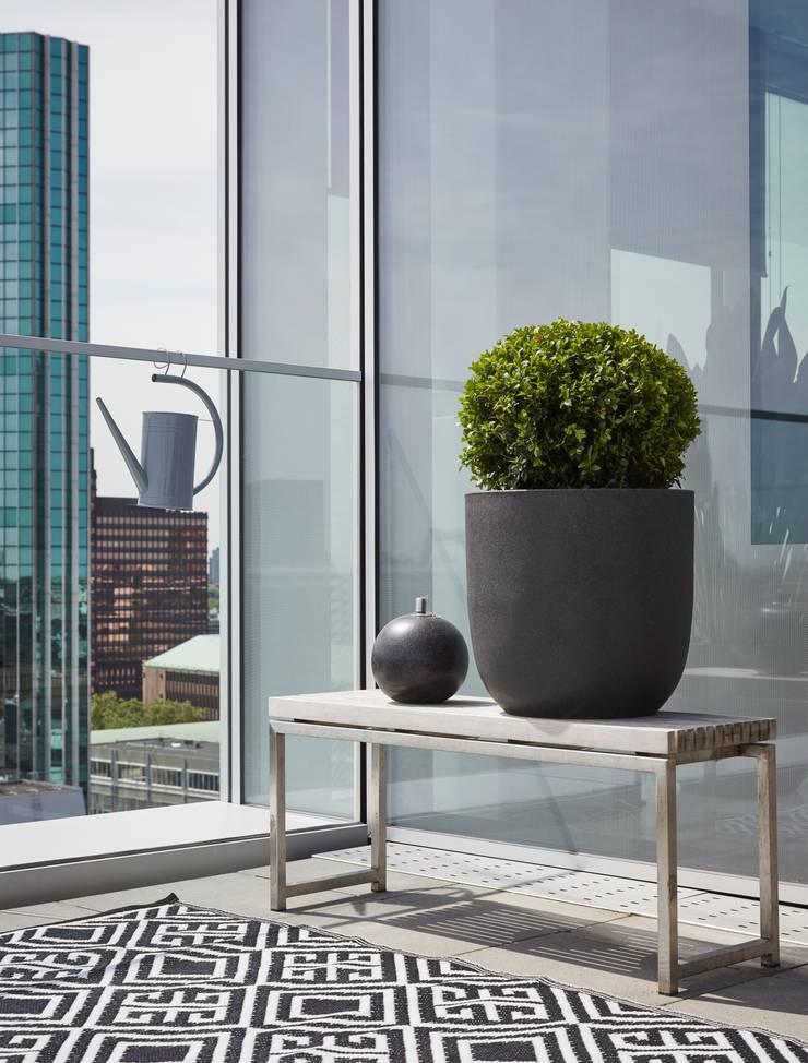 Capi Lux - Pot bol Zwart:  Balkon, veranda & terras door Capi Europe
