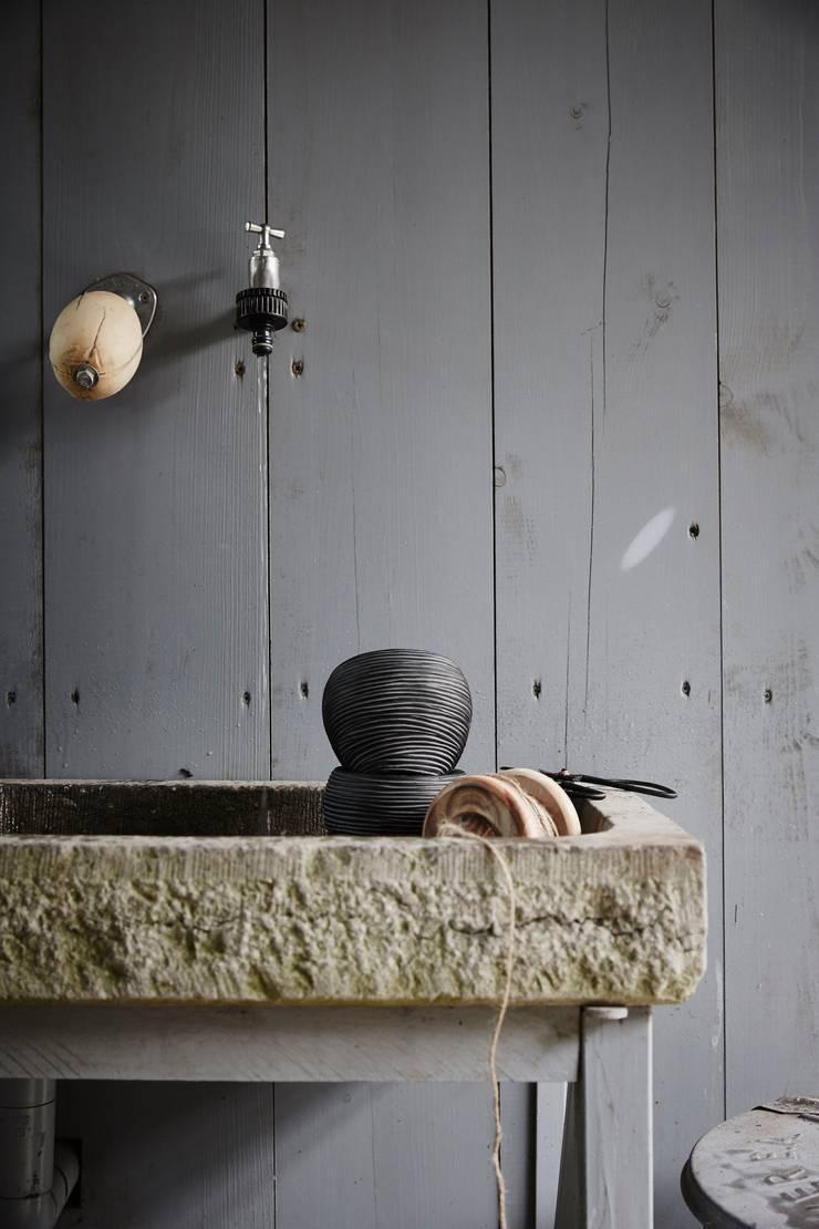 Capi Nature Indoor - Pot taps rond mini Zwart:   door Capi Europe, Landelijk