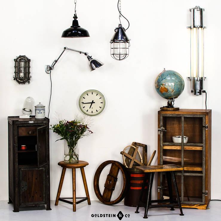 Industriecharme für die Wohnung Part II:  Wohnzimmer von Goldstein & Co.