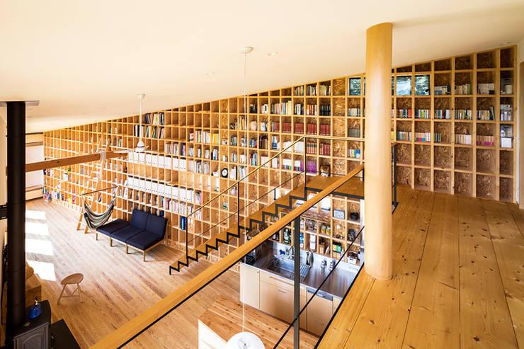 Flur & Diele von 中山大輔建築設計事務所/Nakayama Architects