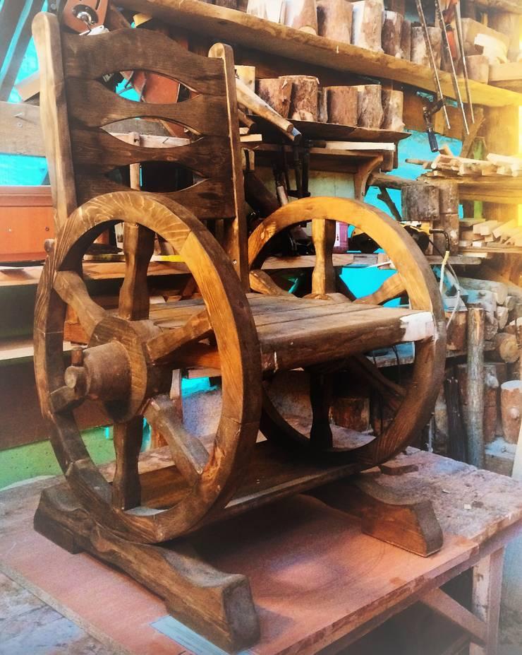 Coşkun Ahşap Dekorasyon – ahşap tekerlekli sandalye:  tarz , Rustik Ahşap Ahşap rengi
