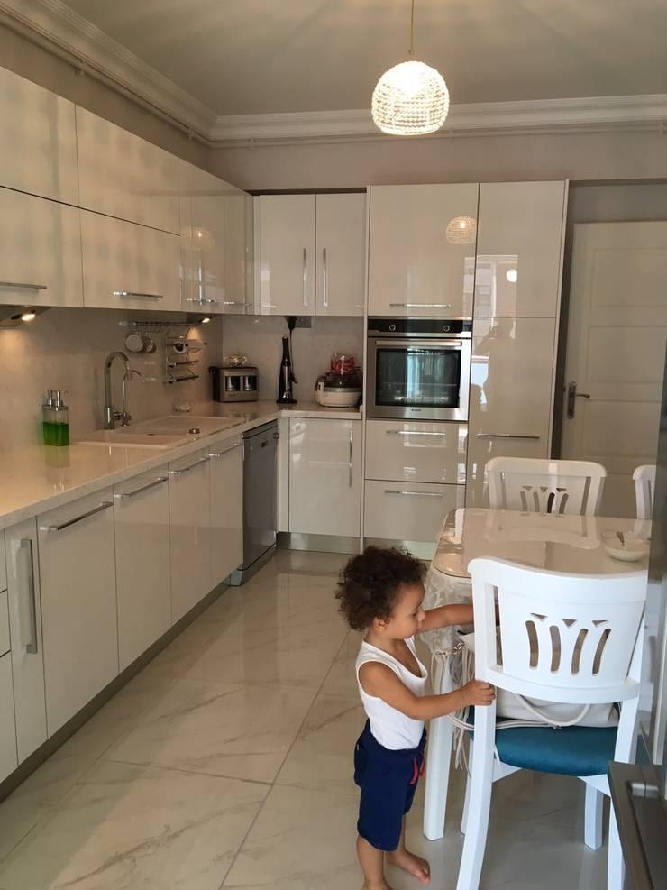 Vizyon Mimarlık ve Dekorasyon – K&T.A EVİ – EDİRNE:  tarz Mutfak