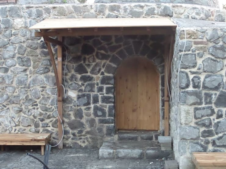 Klassische Häuser von Gürsoy Kerestecilik Klassisch Holz Holznachbildung