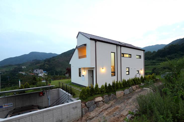 측면: 주택설계전문 디자인그룹 홈스타일토토의  주택