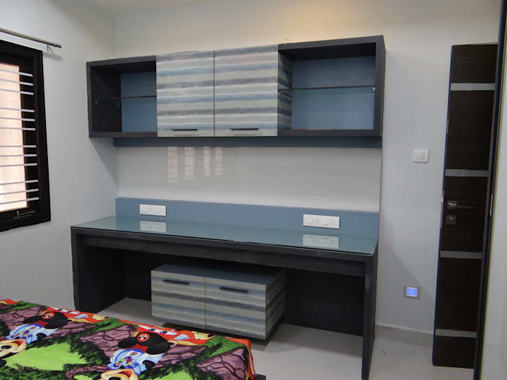 Children Study area: modern Bedroom by Hasta architects