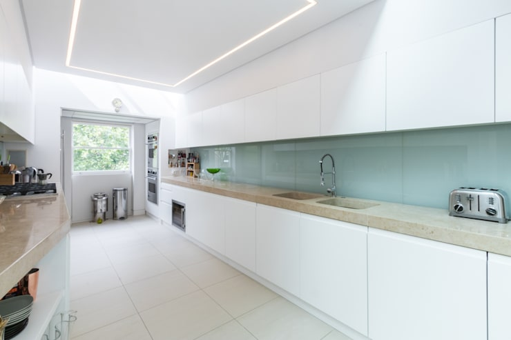 Kensington, SW5 - Renovation:  Kitchen by TOTUS