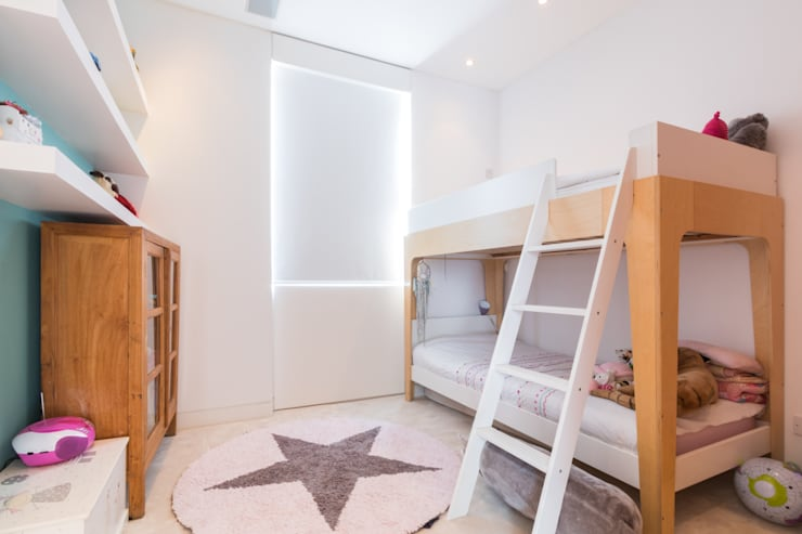Kensington, SW5 - Renovation:  Nursery/kid's room by TOTUS