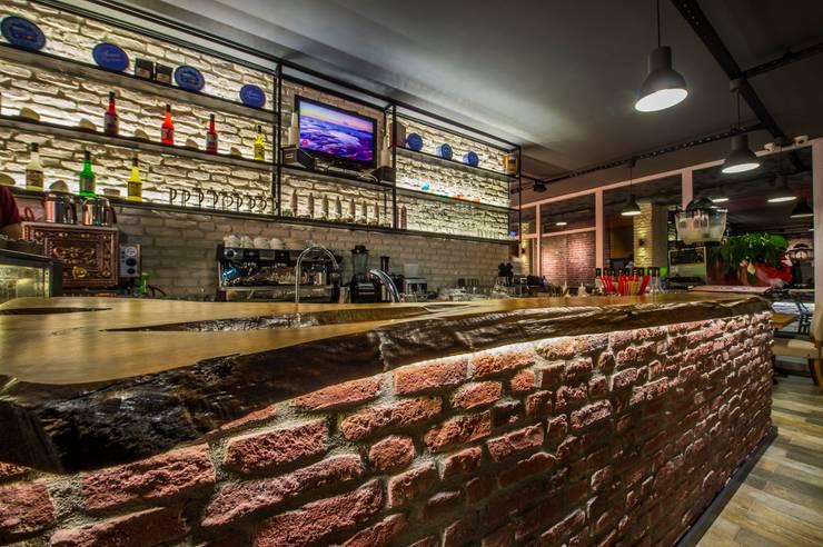 Tepeli İç Mimarlık – 3. Nokta Cafe & Restaurant:  tarz Dükkânlar