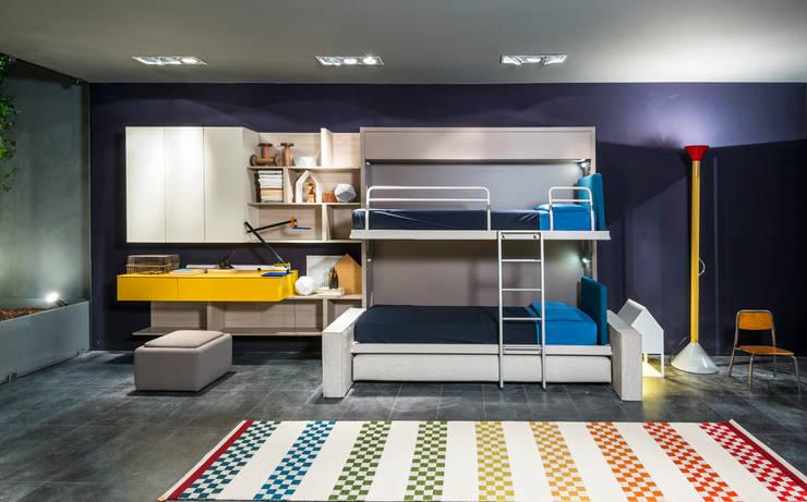 Schlafzimmer von SIZEDESIGN SMART KITCHENS & LIVING
