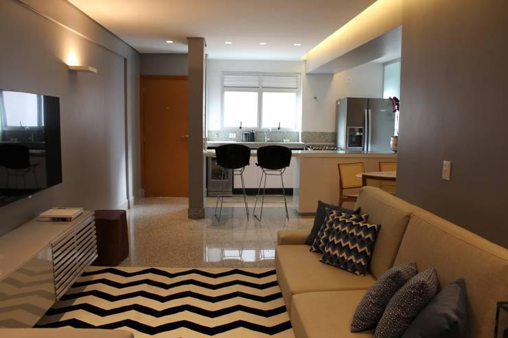 Dining room by Ocapi Arquitetura