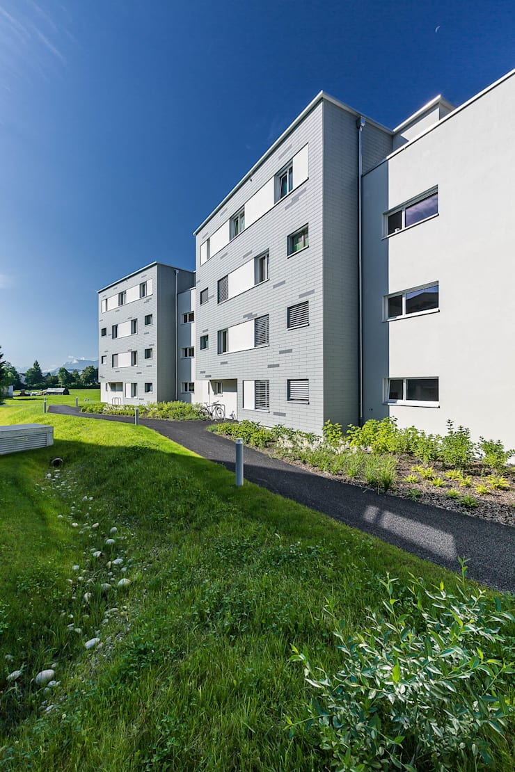 Schön für Familien:  Häuser von Hunkeler Partner Architekten AG,Modern