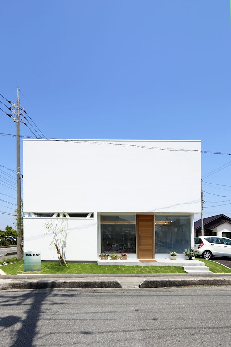 K邸ー白い箱の美容室: C-design吉内建築アトリエが手掛けた家です。,モダン