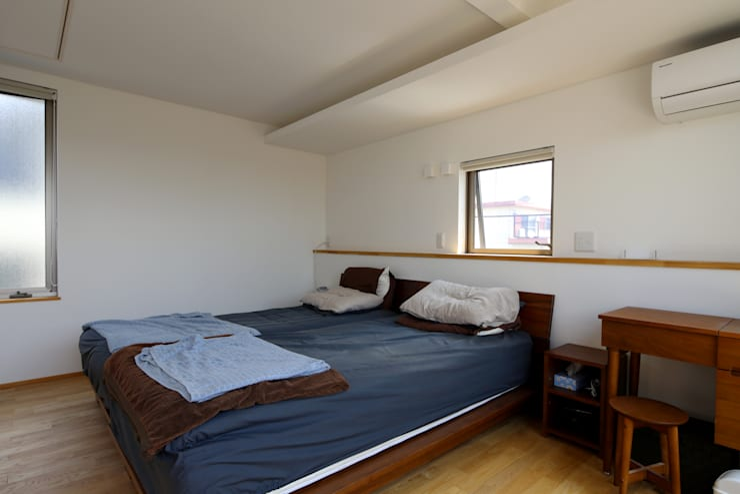 Bedroom by C-design吉内建築アトリエ