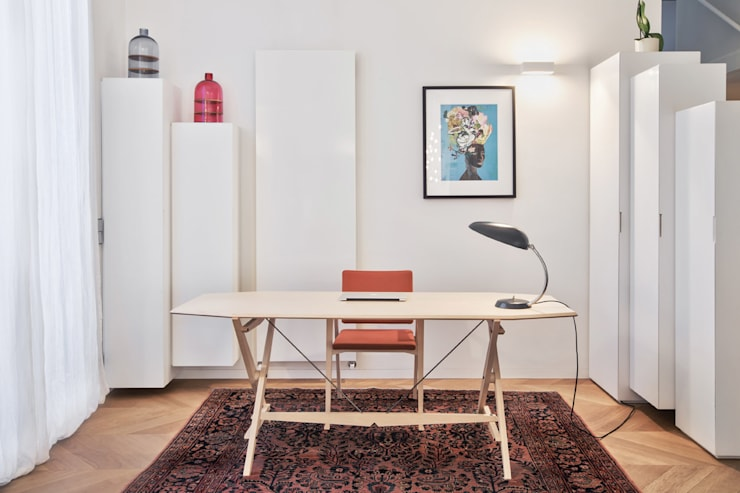 Study/office by BARTOLI DESIGN
