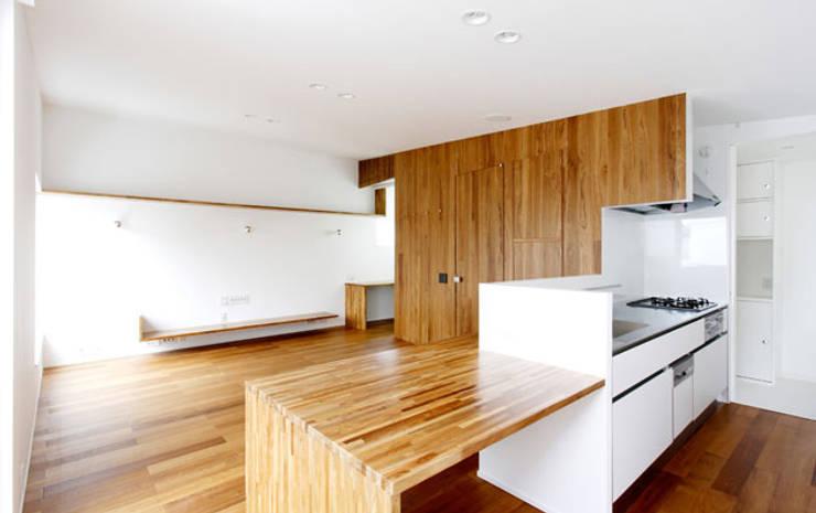 「」の家: 株式会社Fit建築設計事務所が手掛けたダイニングです。