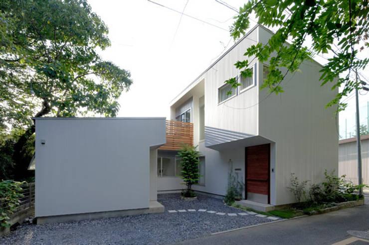 Nhà by 株式会社Fit建築設計事務所