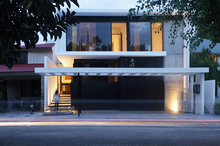 Häuser von BAG arquitectura, Modern Beton