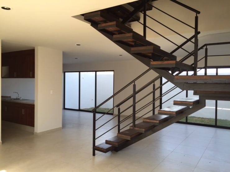 Vestíbulo: Vestíbulos, pasillos y escaleras de estilo  por Ambás Arquitectos