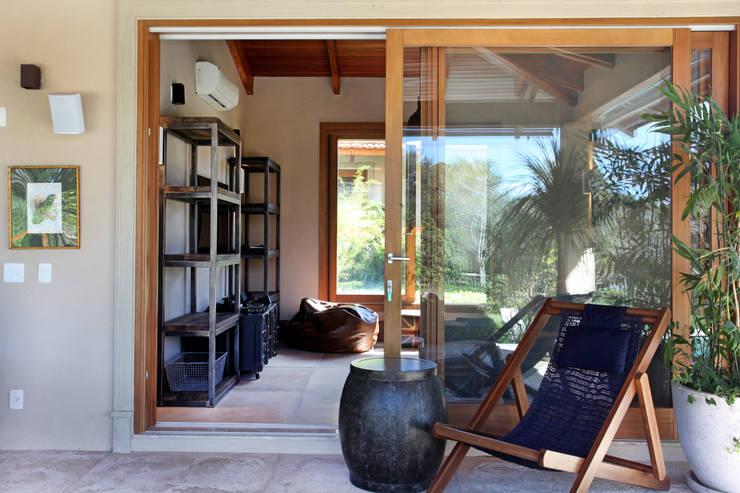 Terrace by Célia Orlandi por Ato em Arte