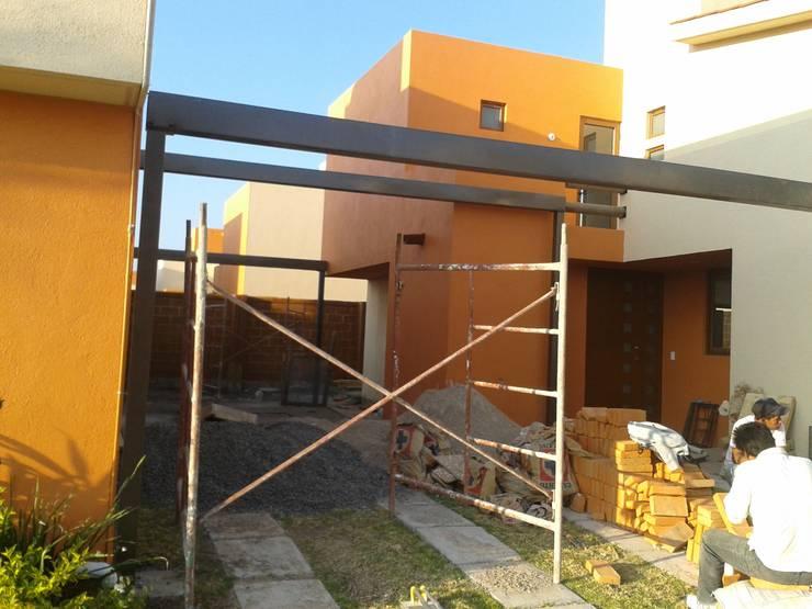 by Grupo Puente Arquitectos.com