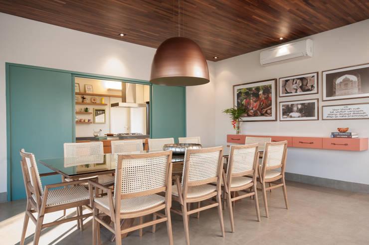Comedores de estilo moderno por Elisa Vasconcelos Arquitetura  Interiores