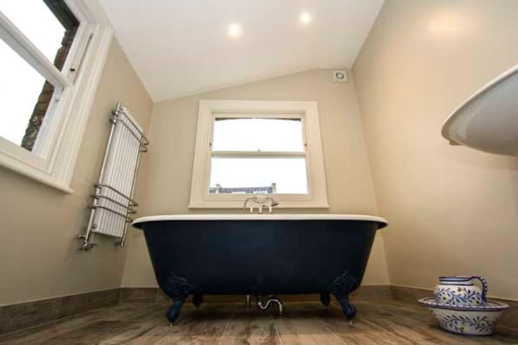 Loft and Extension, Hammersmith, London:  Bathroom by Cube Lofts