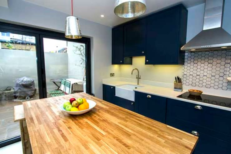 Loft and Extension, Hammersmith, London:  Kitchen by Cube Lofts