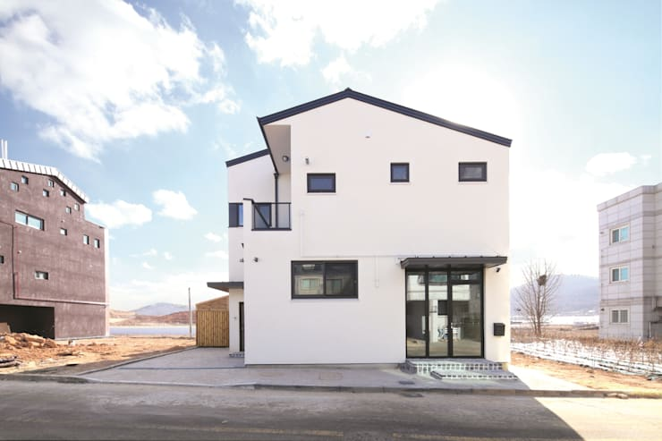 A Haus: 춘건축의  주택,