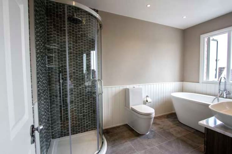 Apartment Refurbishment – Richmond-upon-Thames, London: modern Bathroom by Cube Lofts
